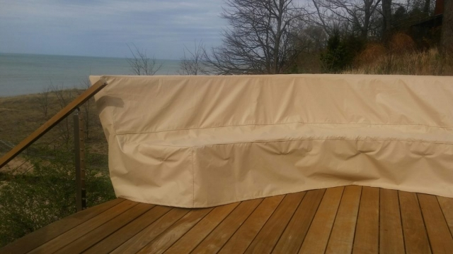 Curved Bench Cover Stamoid Light Sand II