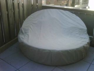 Round Daybed Solution-Dyed Marine Poly Khaki