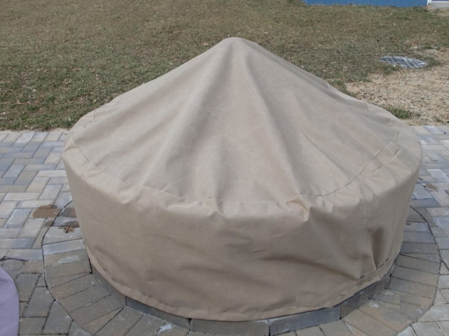 Round Fire Pit with Reinforced Center Sunbrella